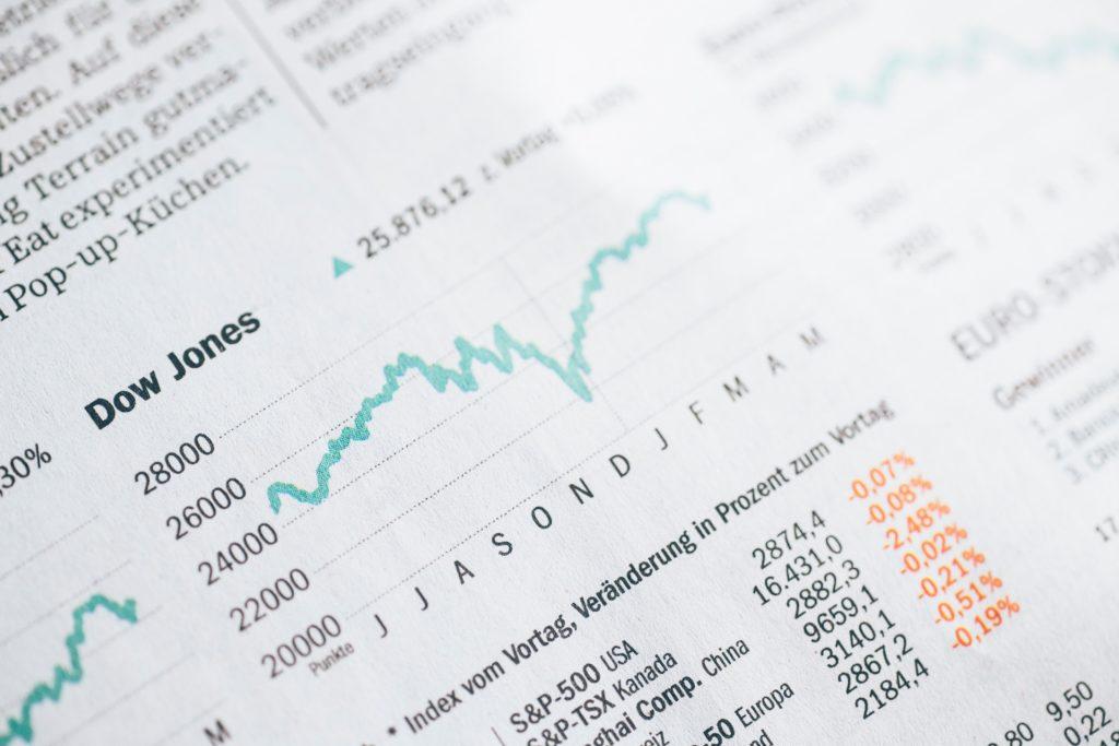 Mindplugg, dans le cadre de son partenariat avec l EFREI, prépare au conseil en finance de marchés